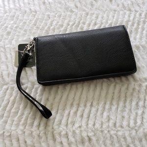 Black wristlet wallet